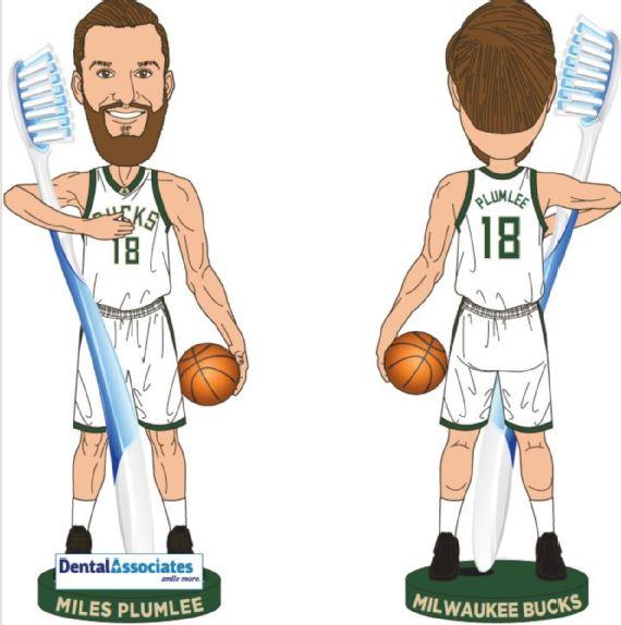 NBA新赛季五大赠球迷创意礼物,勇士伊戈达拉摇头娃娃成亮点
