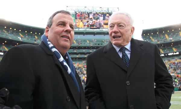总统大选收了北美四大体育联盟近1.8亿人民币,老板们的钱都给了谁?