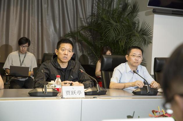贾跃亭辞任乐视网总经理,中超首次启动球场设计方案全民投票 | 懒熊早知道
