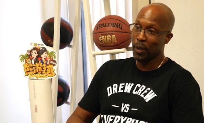 科比、詹姆斯、汤普森都想去打球的草根篮球联赛是怎么炼成的?  熊游迹 ⑥