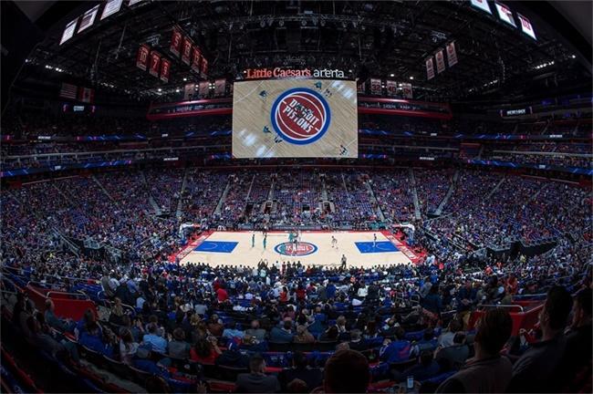 正在解冻的底特律:一座新球馆对当地人意味着什么?