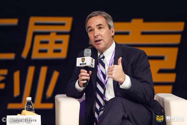"""76人队高管:靠""""真诚""""和好产品留住球迷的心,未来可能带球队来打中国赛"""