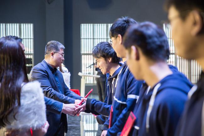 超竞学院的第一批学员毕业了,他们能成为电竞界的黄埔一期吗? | 创业熊