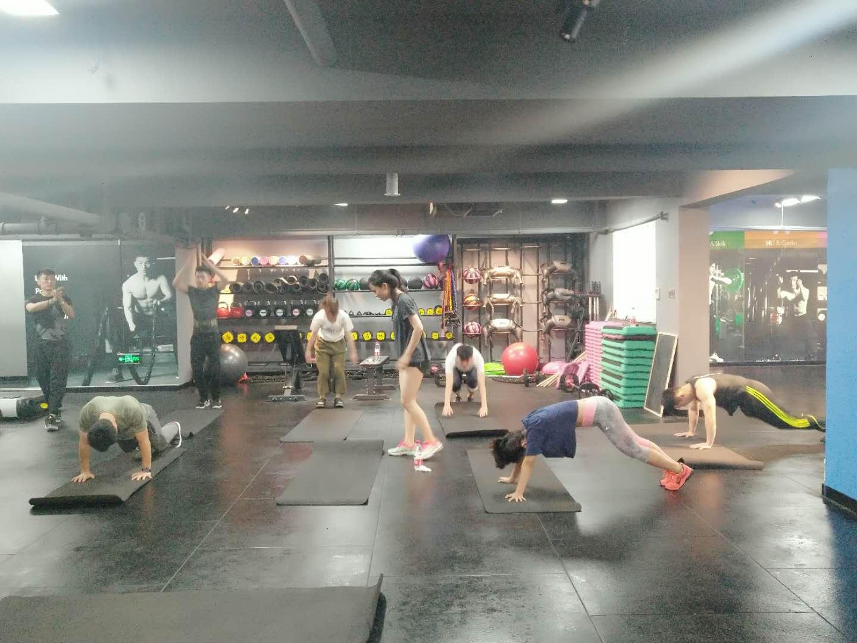 ALS健身学院首店落地上海,有班级有学期的健身房你会去吗?|创业熊