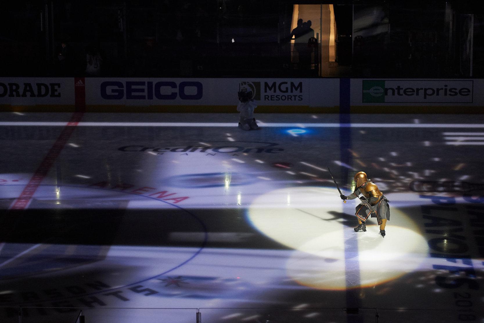 NHL新军如何获得球迷认同?优质的赛前表演就是关键
