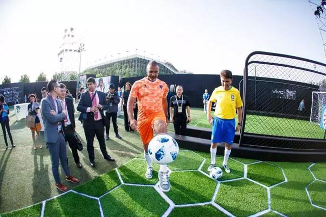 """面对世界杯这架""""放大器"""",vivo的疯狂与谨慎"""