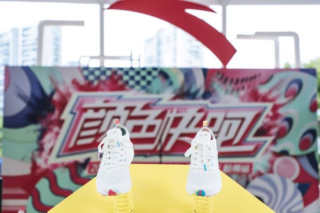 """安踏入围福布斯""""全球2000""""企业榜单,成唯一上榜中国体育品牌"""