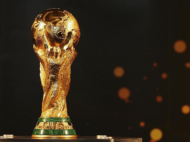 商业前瞻:竞赛之外,看这5个第一次 | B面世界杯