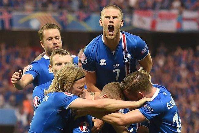 冰岛奇迹背后,他们身上的小众球衣品牌Errea也藏着商业逻辑 | B面世界杯