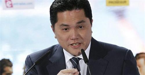 彭博:康卡斯特因收购天空广播债务达千亿,专家:李宗伟即使痊愈也很难回归赛场 | 懒熊早知道