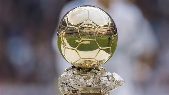 在FIFA年度颁奖的同一天,《法国足球》宣布金球奖要加入女子和U21奖项了