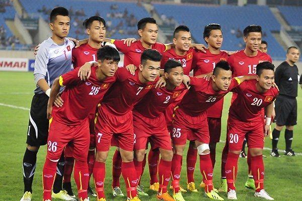 亚洲杯越南进八强创历史,越南总理重奖45亿