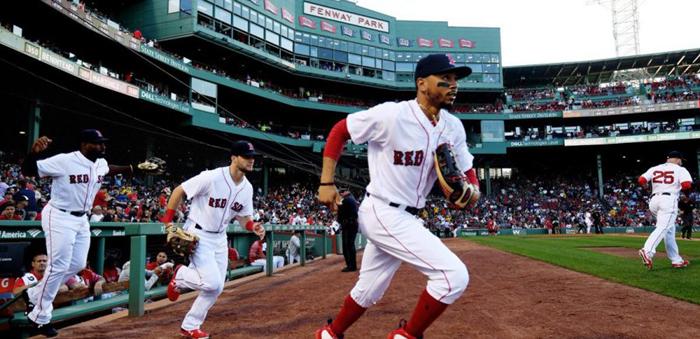 波士顿红袜队与美高梅集团签下多年协议,成为MLB首支与博彩公司合作的球队