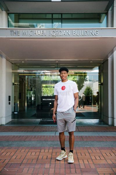 日本首位乐透秀八村塁与Air Jordan签约,具体金额并未公布