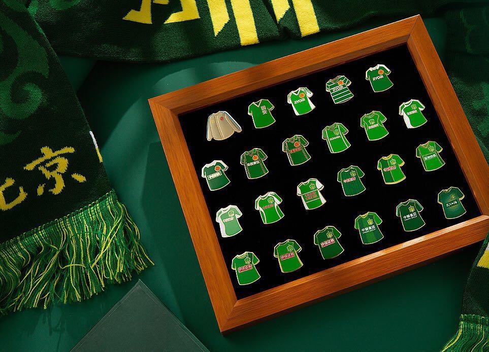国安徽章盲盒热卖,激活年轻一代球迷的好奇心法则