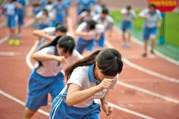 教育部:体育中考分数将来要与语数外相同,竞赛成为体育课程重点