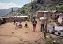 罂粟花的诅咒:毒品阴影笼罩下的哥伦比亚悲情足球