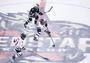 昆仑鸿星冰球队宣布收购小狼冰球俱乐部,要搭建冰球金字塔
