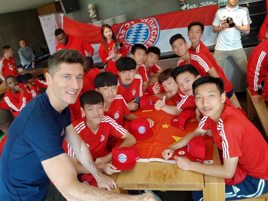 拜仁慕尼黑青年杯,16名中国足球小将圆梦德国