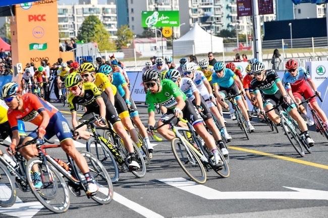 环法中国系列赛在上海再度鸣枪,2000名骑行爱好者参与