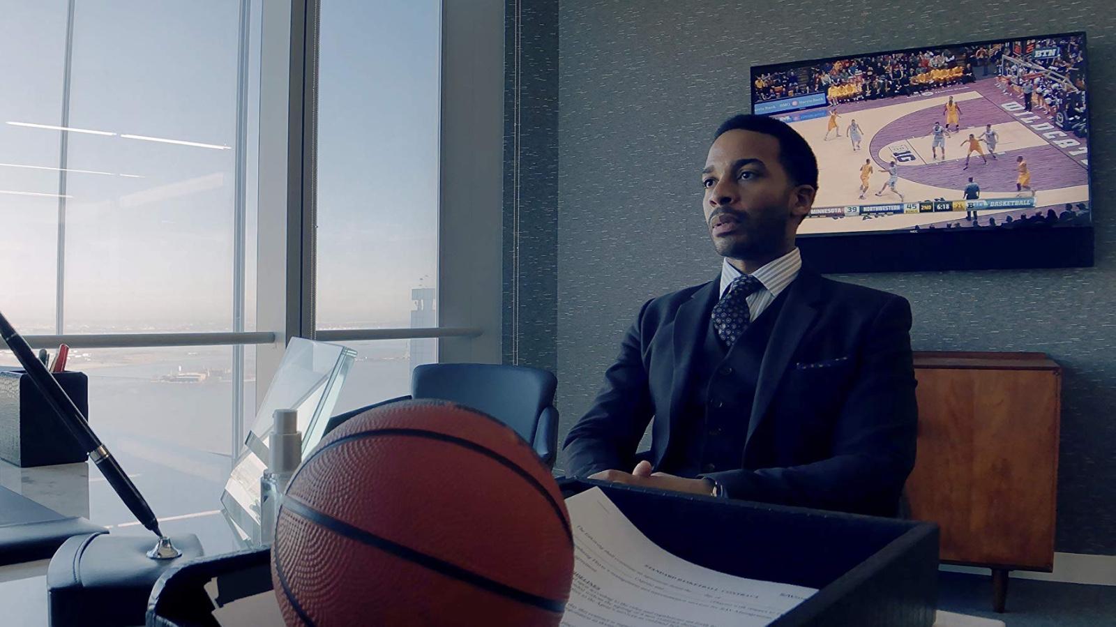 Netflix将推篮球电影《高飞鸟》,主人公是一位在停摆时挑战NBA规则的体育经纪人