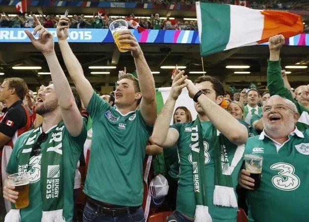 """""""酒量""""是足球6倍以上?橄榄球赛事才是啤酒行业的重要商机"""
