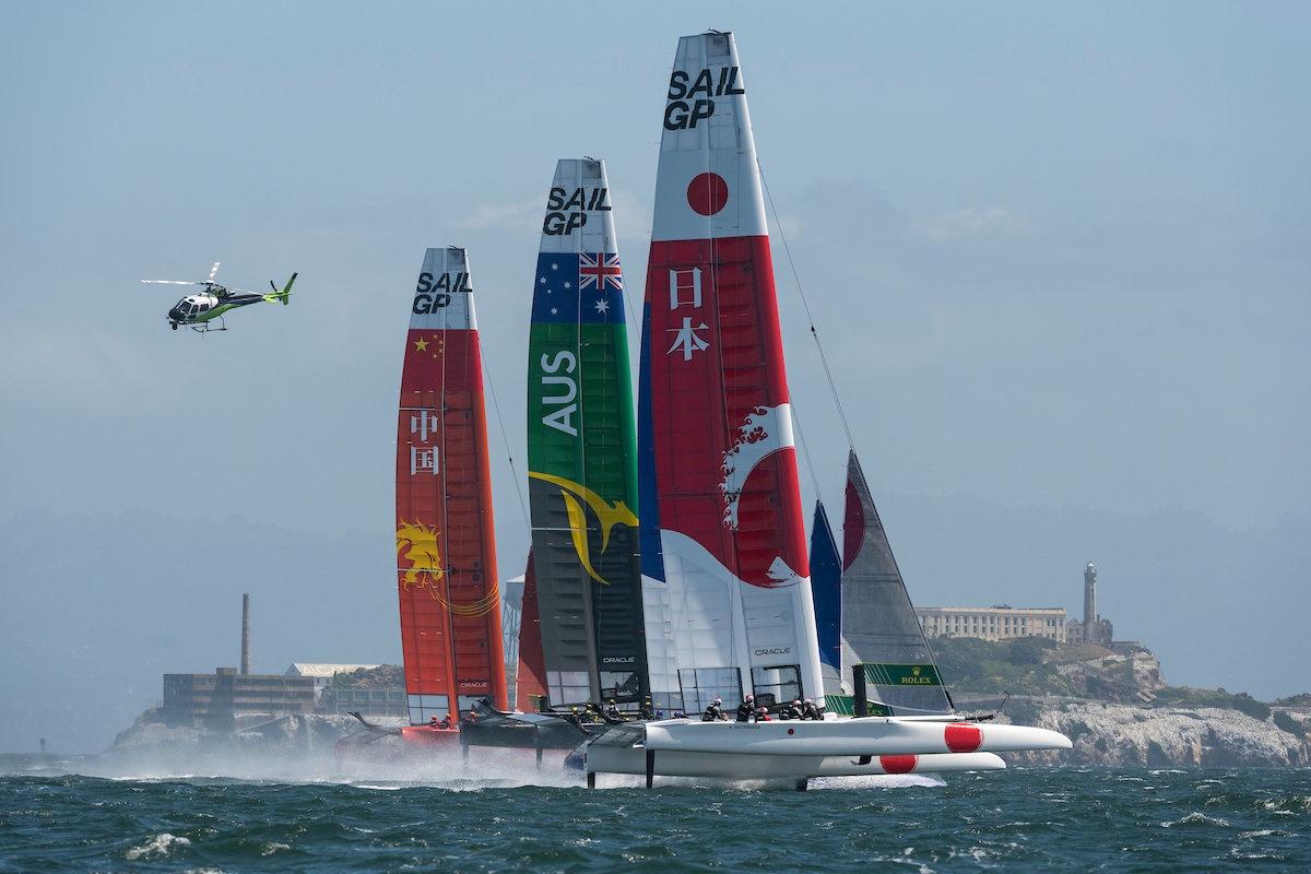 全球第七富豪自创帆船赛,年烧7000万美金背后是否有商机?