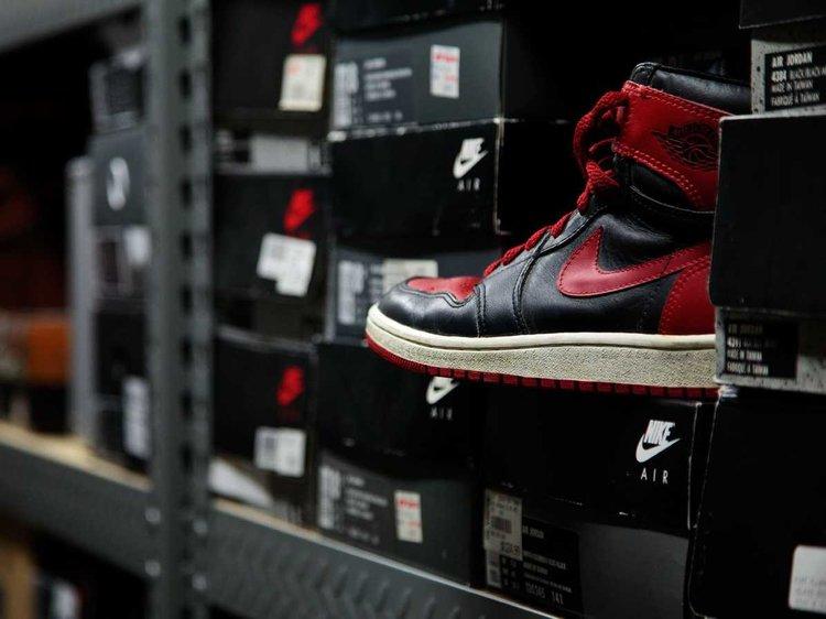 炒鞋十几年,月流水150万,我却不配再热爱球鞋