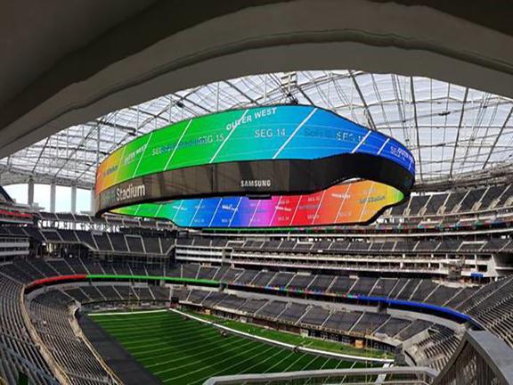 三星与SoFi体育场合作,将为NFL公羊队提供史上最大LED显示屏