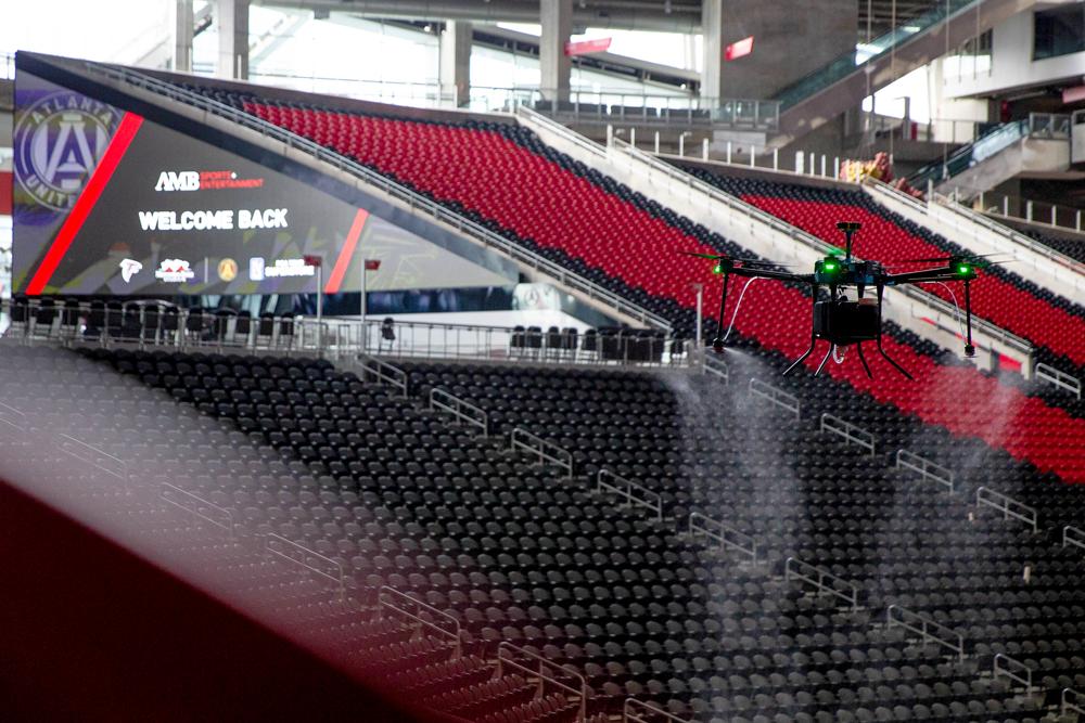 用无人机消毒、用AI做青训,疫情倒逼职业体育做调整 | iSports