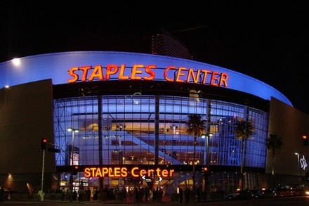258场常规赛取消致NBA损失6.94亿美元,湖人队损失5270万为联盟之最