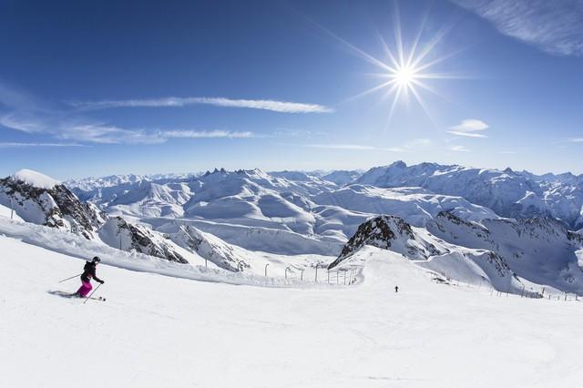 雪季来了,让报复性滑雪来得更猛烈些 | CEO说